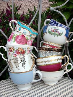 247_stacked_teacups_3